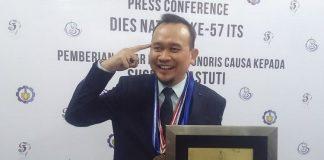 Lis Hartono alias Cak Lontong(KOMPAS.com/Achmad Faizal)
