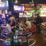 Personel Polsek Sunggal merazia Champion Cafe yang berada di Jalan DR Mansyur